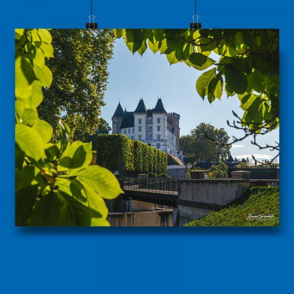 affiche de maxime sembille prise au drone représentant lle pic du midi au coucher du soleil dans la collection personnelle des chauvins à Pau